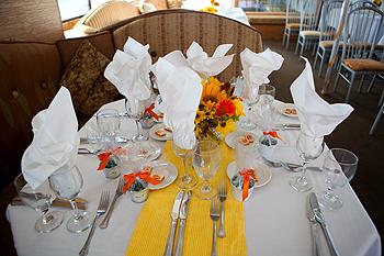 Newport Hornblower formal table setting
