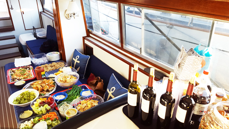 catering service on Bella Luna yacht
